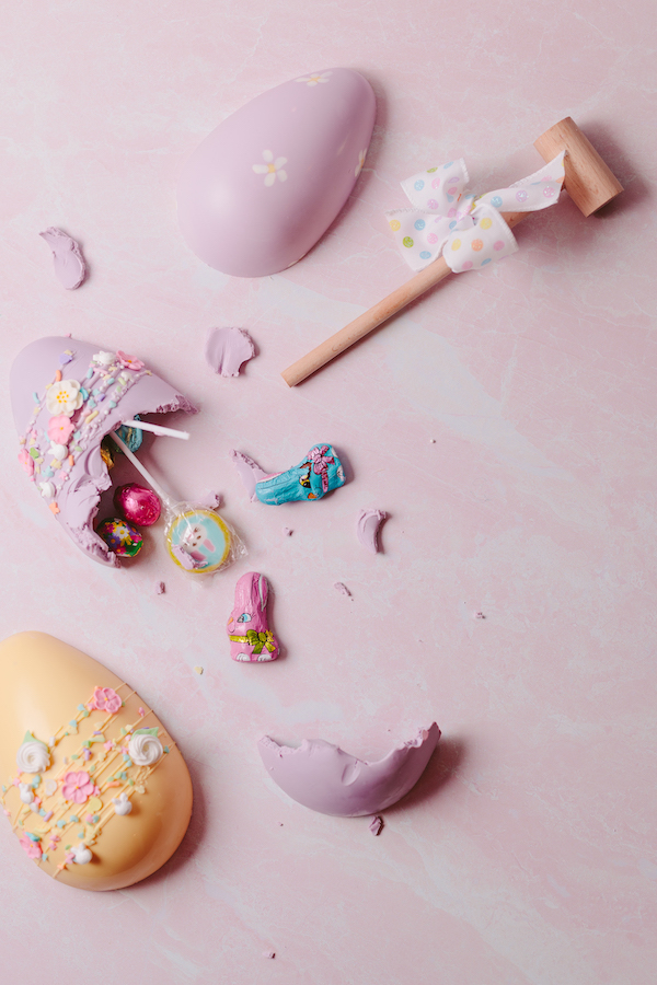 Smash-able chocolate eggs with small mallet