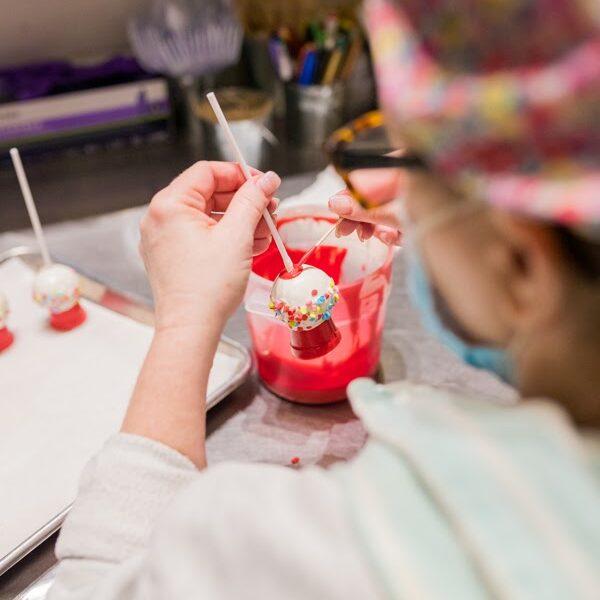 Designing gumball machine style cake pop by hand